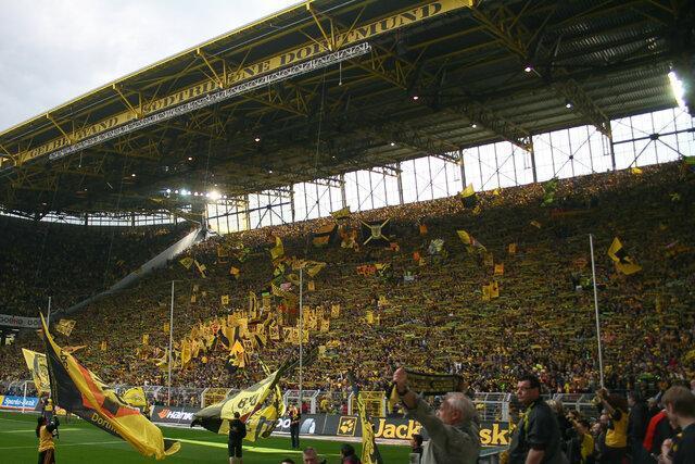 معرفی تیم های برتر فوتبال دنیا، دورتموند؛ دیوار زرد فوتبال آلمان