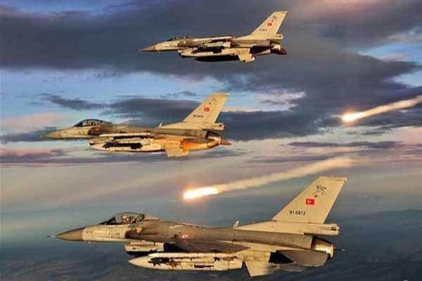 حملات سنگین هوایی و توپخانه ای ارتش ترکیه به راس العین