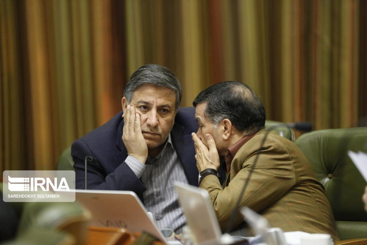 خبرنگاران عضو شورای تهران: لغو کمیته های نمای شهرداری برای مهار کرونا بود